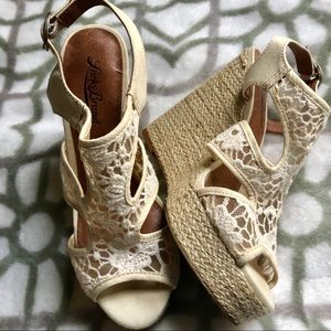Lucky Brand Riedel Crochet Wedge